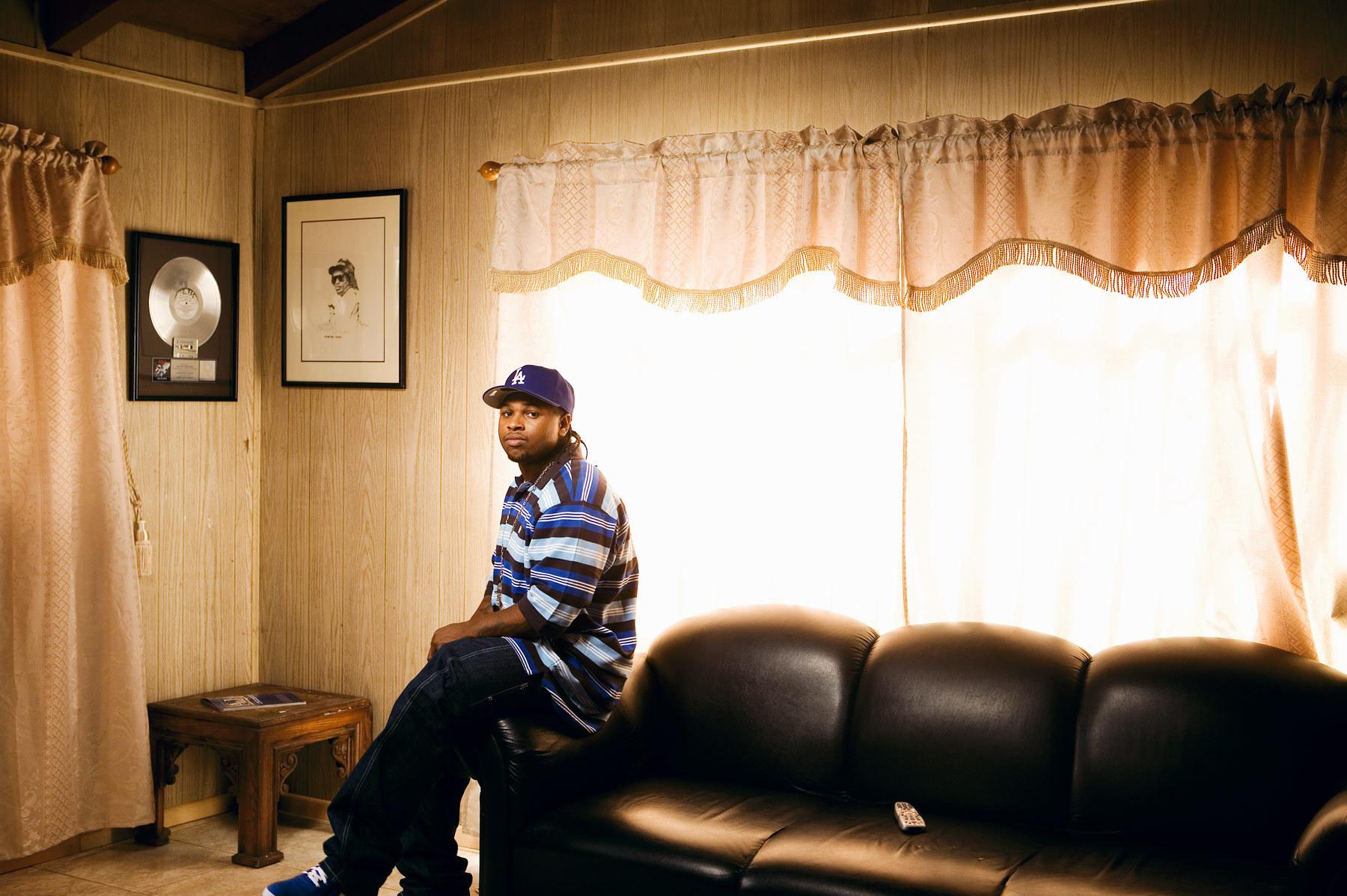 Eazy E nwa gangsta rapper rap hip hop eazy e ds wallpaper background 1800x1198