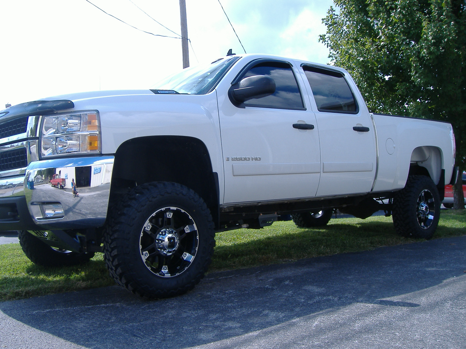 Lifted Chevy Lifted Chevy Trucks Lifted Chevy Duramax with 1600x1200