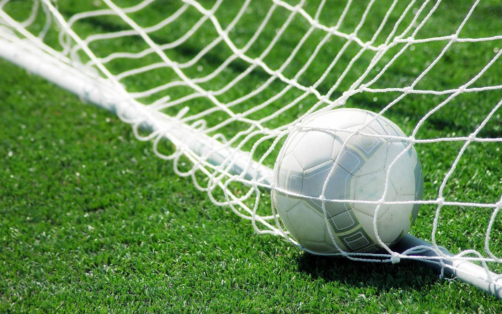 Description Soccer HD Wallpaper is a hi res Wallpaper for pc desktops 1600x1000