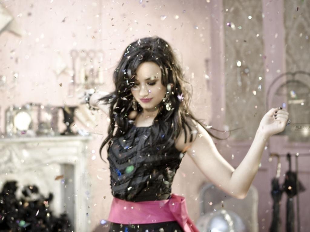 Demi Wallpaper   Demi Lovato Wallpaper 19160857 1024x768