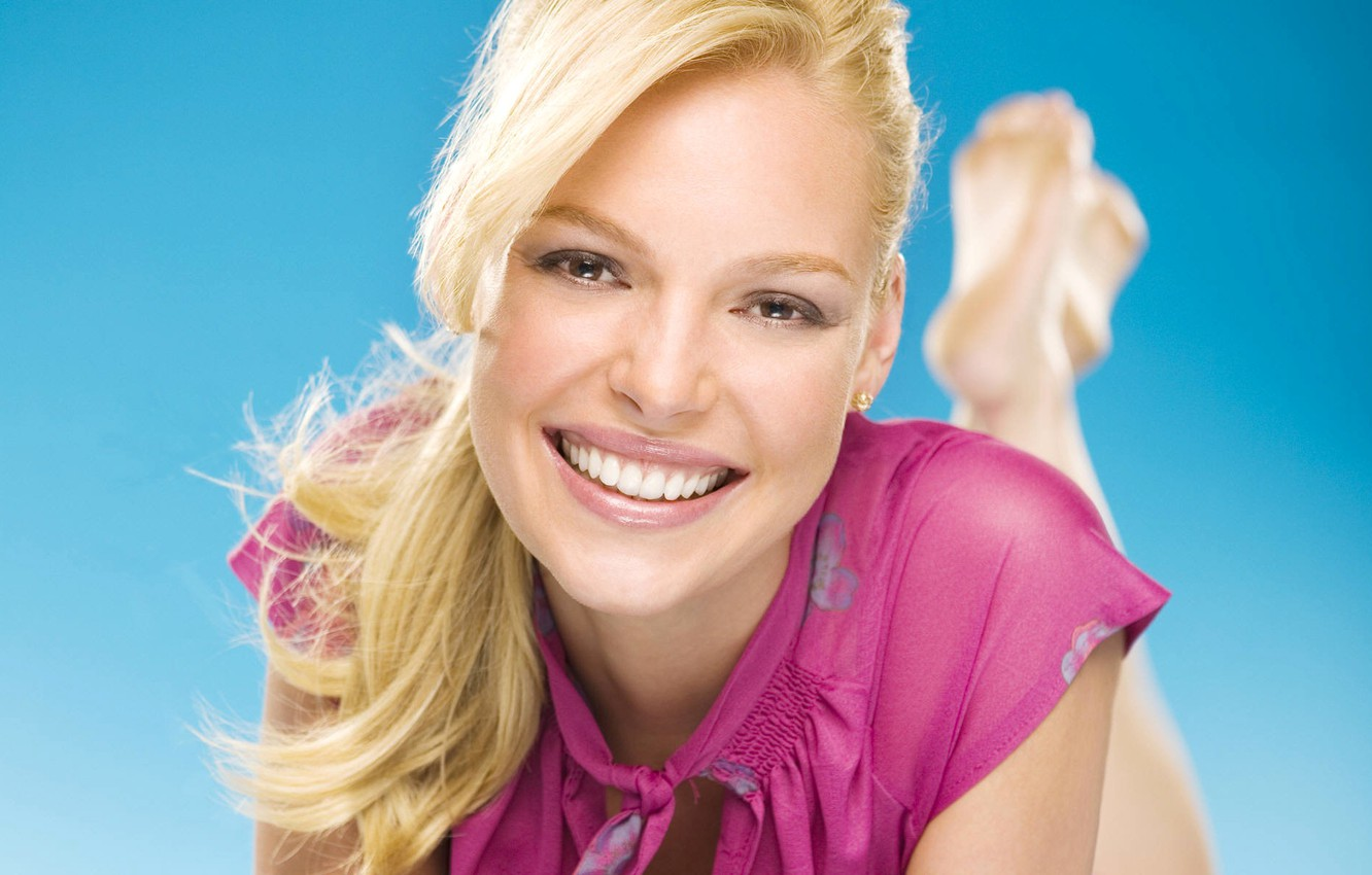 Wallpaper smile actress blonde Katherine Heigl images for 1332x850