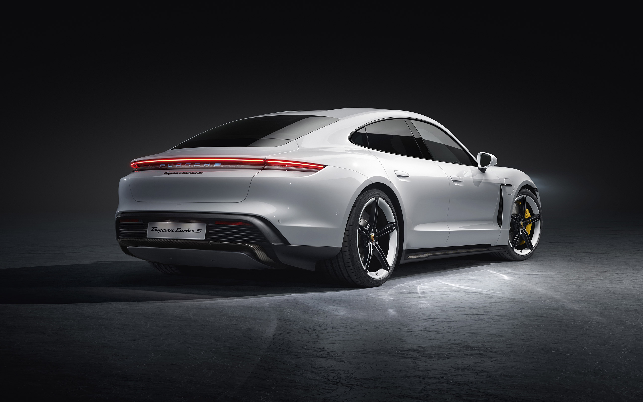 Download 2020 Porsche Taycan Wallpapers   WSupercars 2560x1600