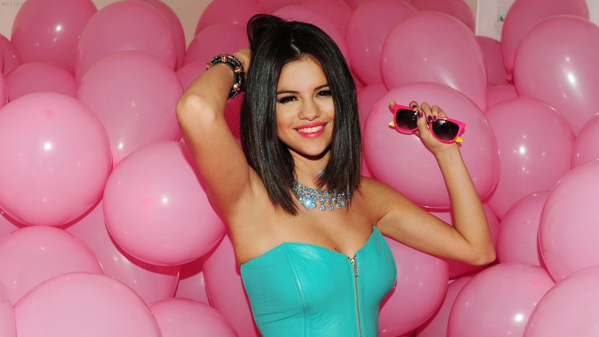 Selena Gomez   Selena Gomez Wallpaper 28154421 1920x1080