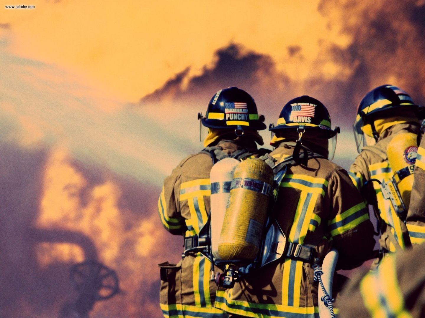 Miscellaneous Firefighters desktop wallpaper nr 21108 1440x1080