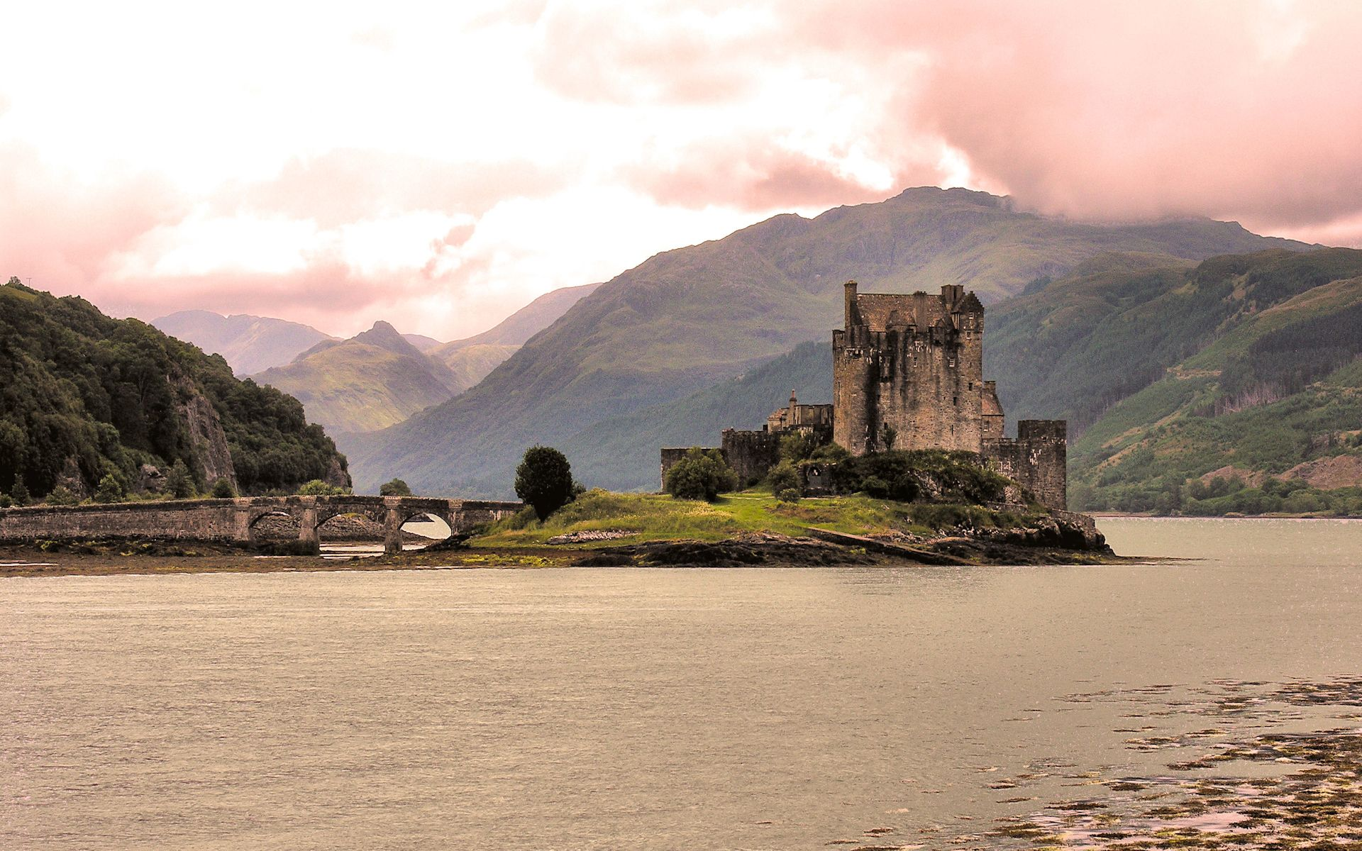 Scottish castle wallpaper wallpapersafari - Scotland wallpaper ...