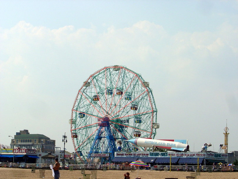 Vue dAstroland Coney Island New Yor Wallpaper   ForWallpapercom 808x606