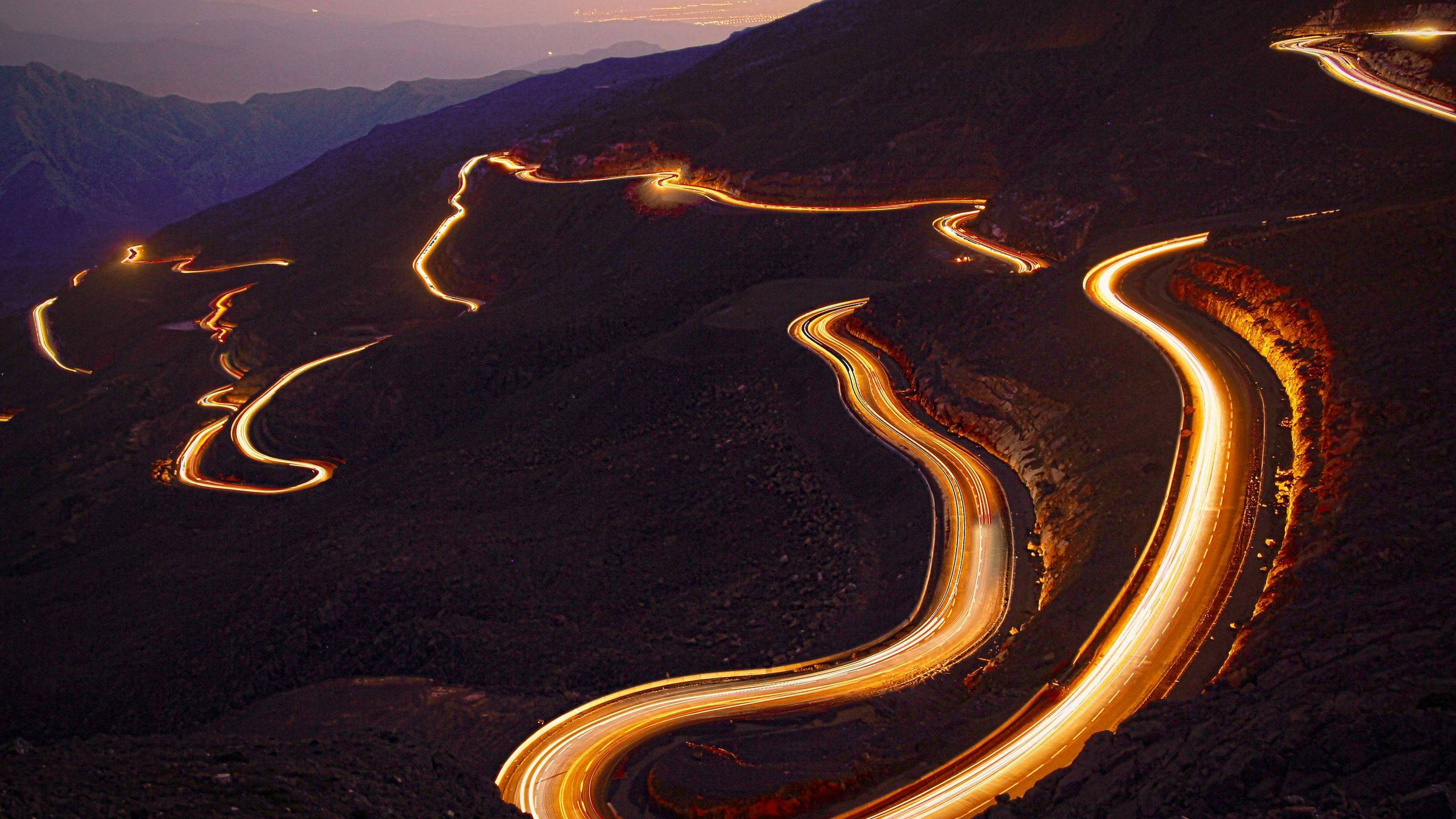 winding roads of Jabal Bil Ays United Arab Emirates iimgurcom 2560x1440