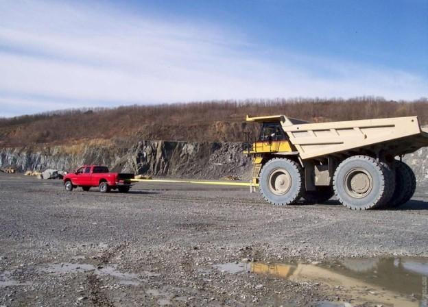 Cummins pulling dump truck   Diesel Truck Gallery 624x448