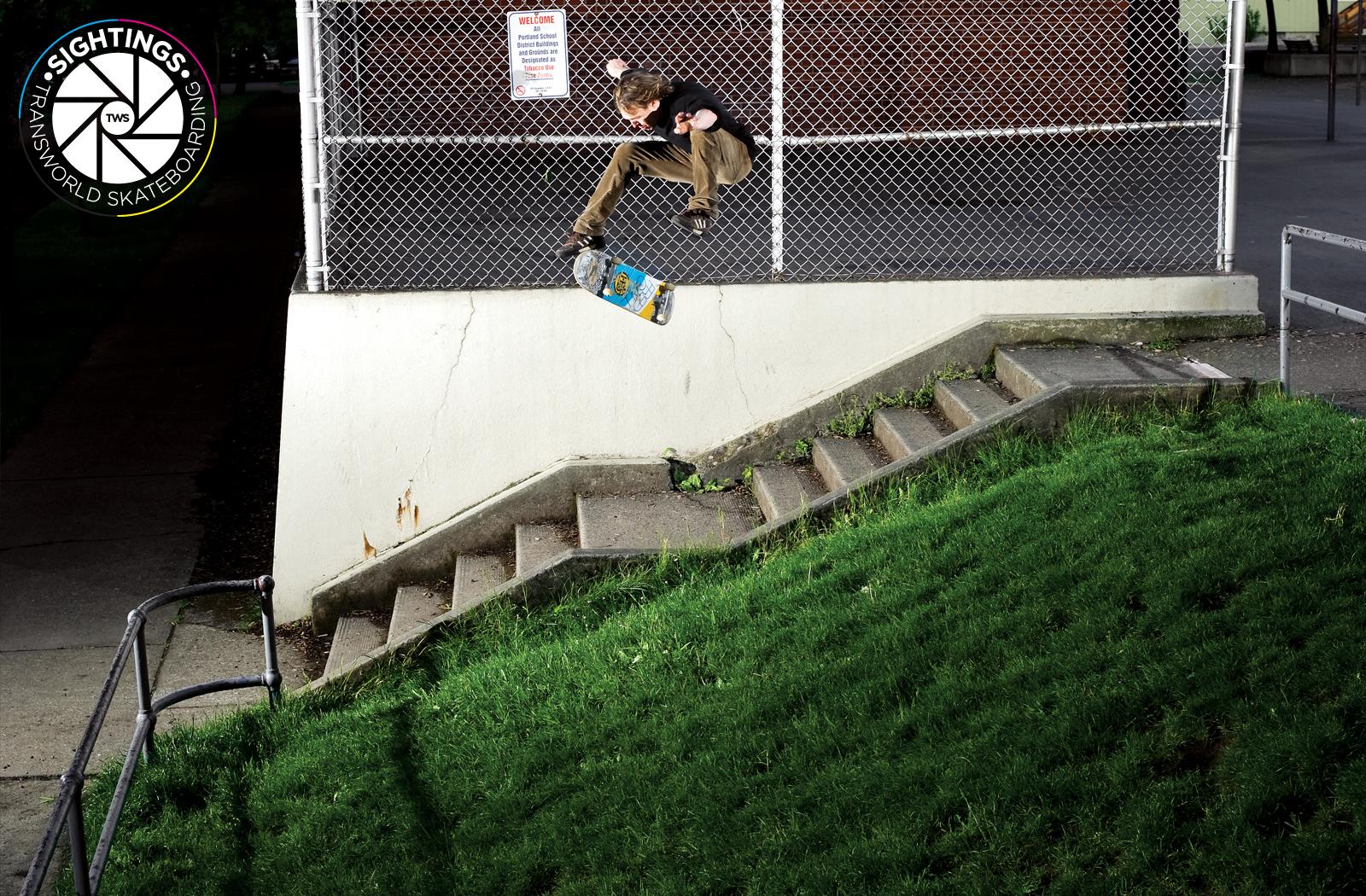 Flip Skateboard Wallpaper Flip skateboard 1600x1050