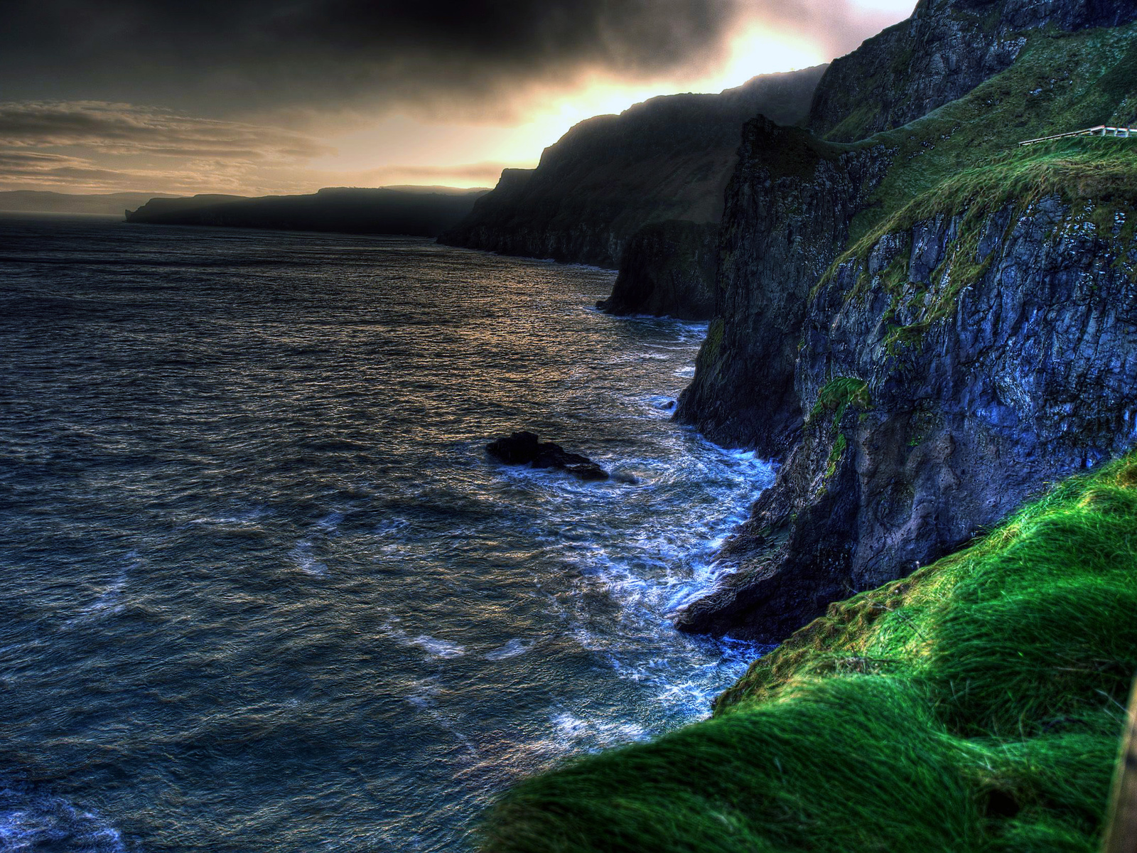 The wallpaper of amazing coastline of Ballintoy in Northern 1600x1200