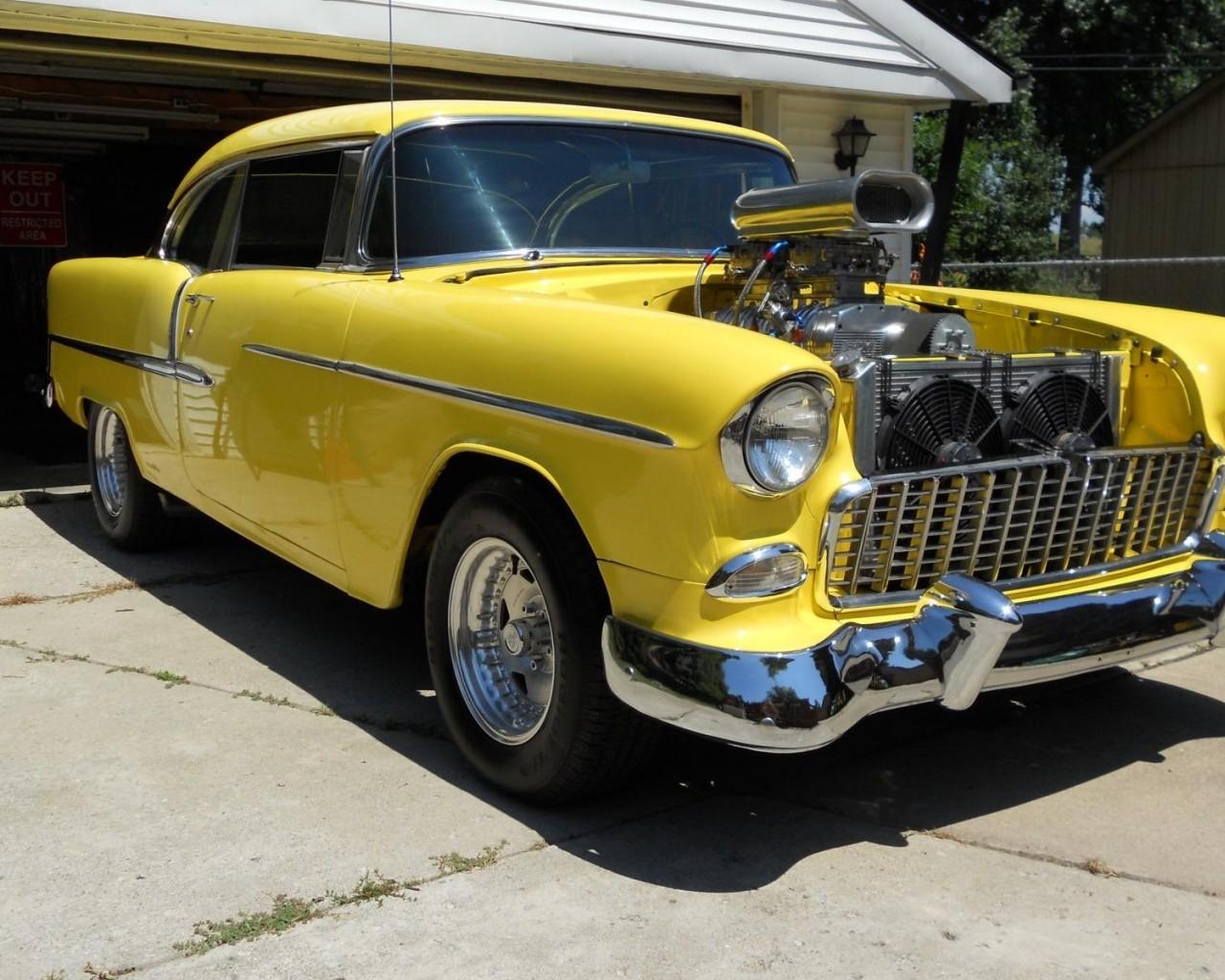 1955 Chevrolet wallpaper 1280x1024