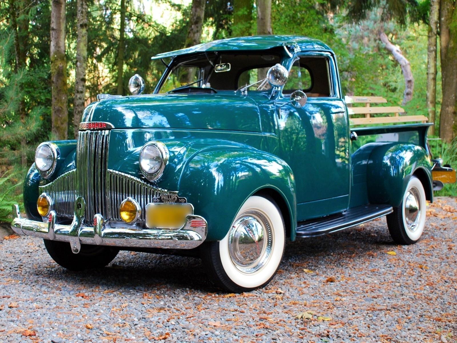 Studebaker pickup trucks classic retro wallpaper 1600x1200 35761 1600x1200
