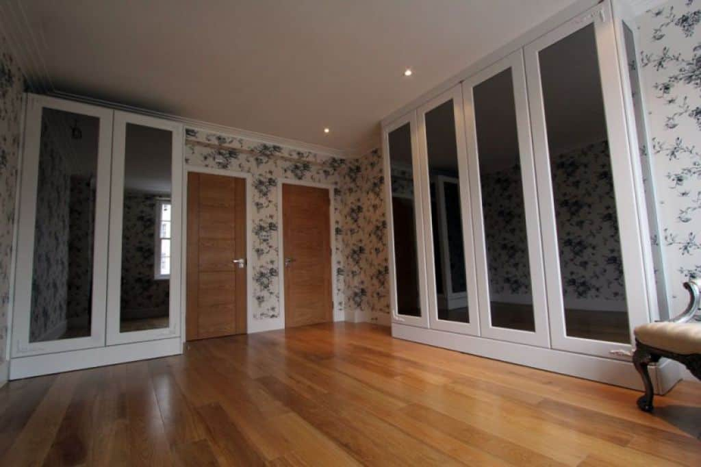 Room With Wallpaper And Fitted Wardrobes   Stylish And Affordable 1024x682
