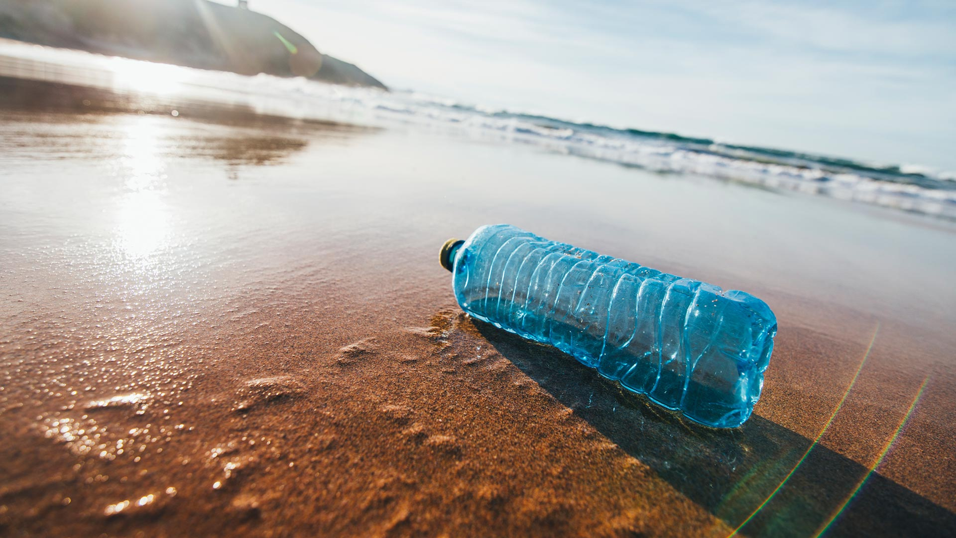 War on plastic heats up as beverage giants push water in a can 1920x1080