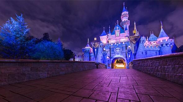 Disneyland celebrates 60th anniversary with new Star Wars and Haunted 590x330