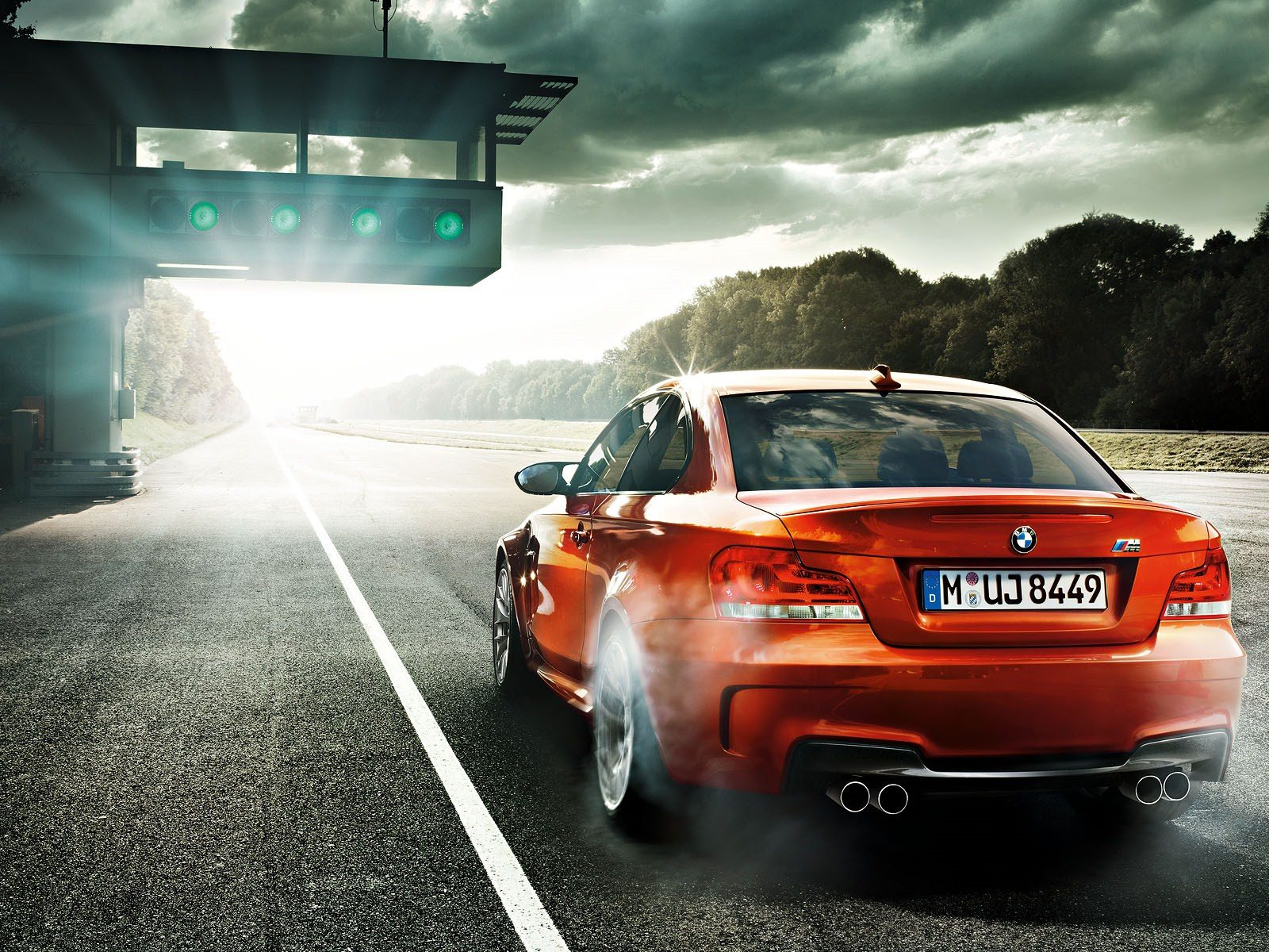 Stunning BMW 1M Coupe Widescreen Wallpapers Collection   My Car Portal 1600x1200