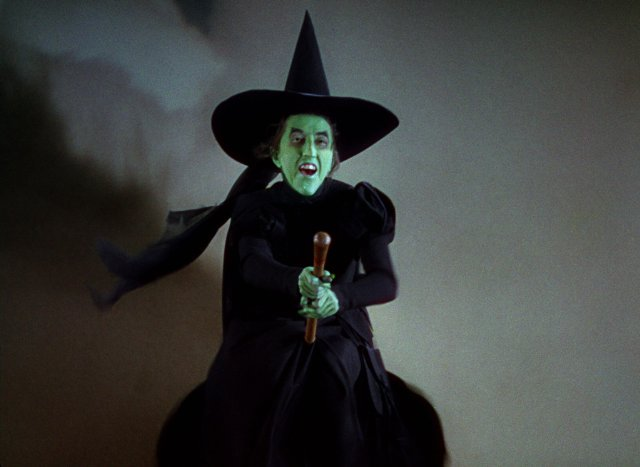 Pictures Photos of The Wicked Witch of The West   IMDb 640x467