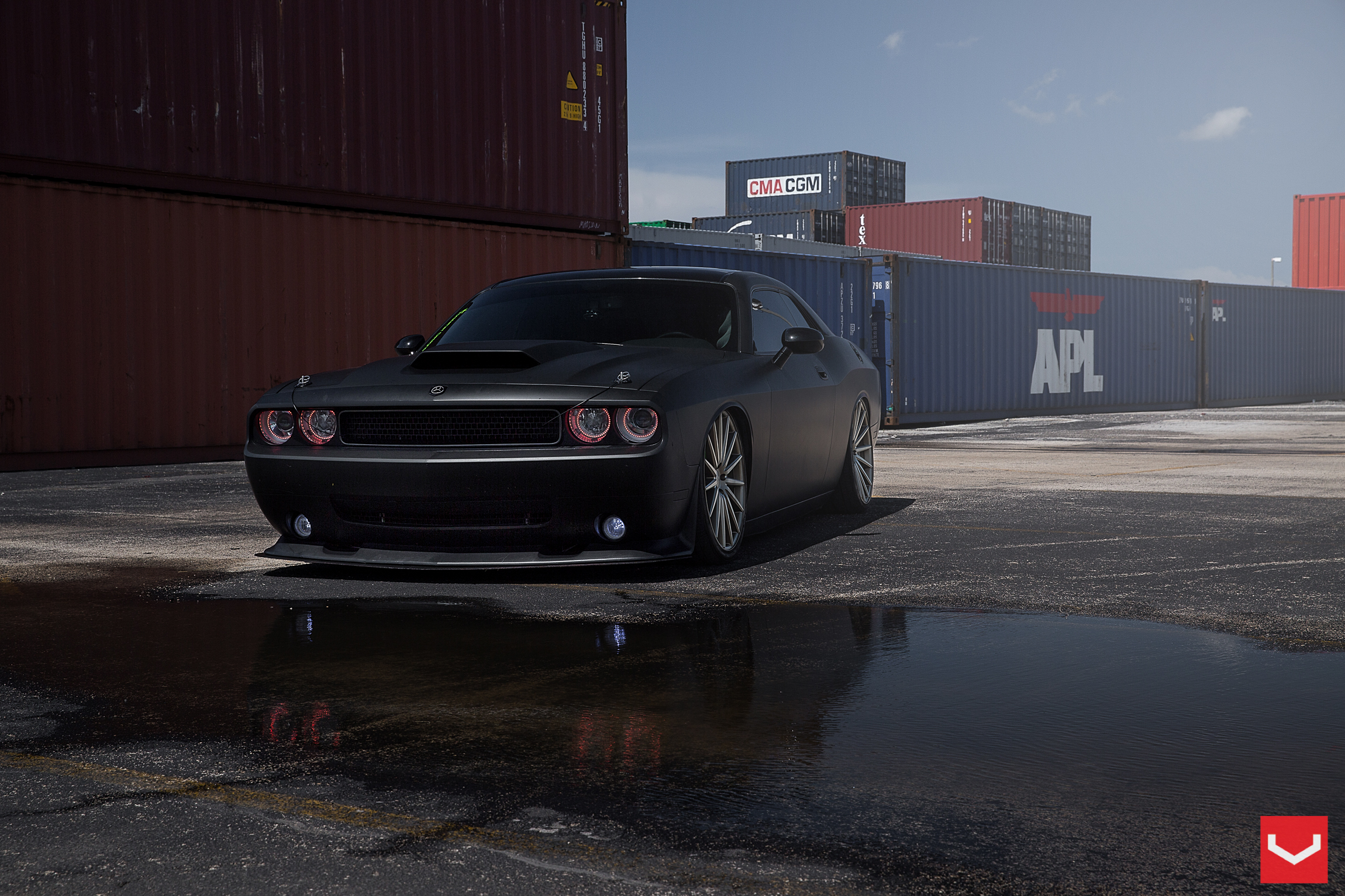 Dodge Challenger SRT8 2K HD Wallpaper WallpaperEVO Wallpapers 2300x1533