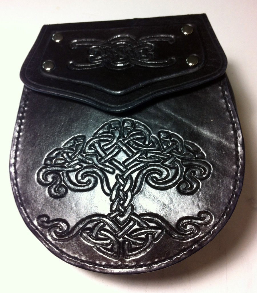 Hand tooled sporranbelt pouch by SonsOfPlunderLeather 900x1029