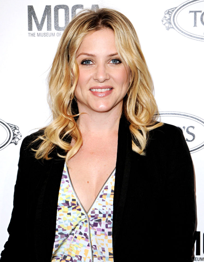Free Download Gallery Hollywood Picturess Jessica Capshaw