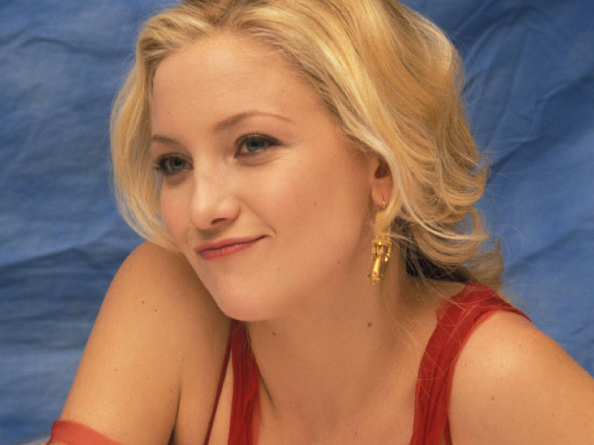 are viewing the kate hudson wallpaper named kate hudson 15 it has been 1920x1440