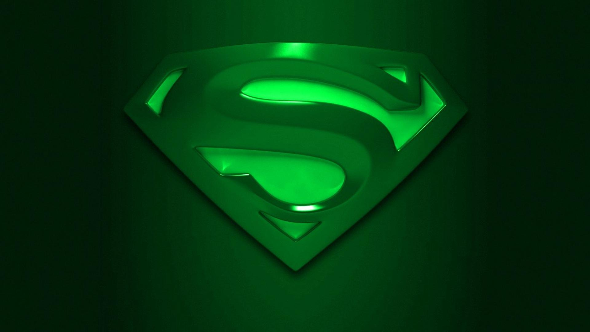 Free full screen wallpaper superman wallpapersafari - Superman screensaver ...