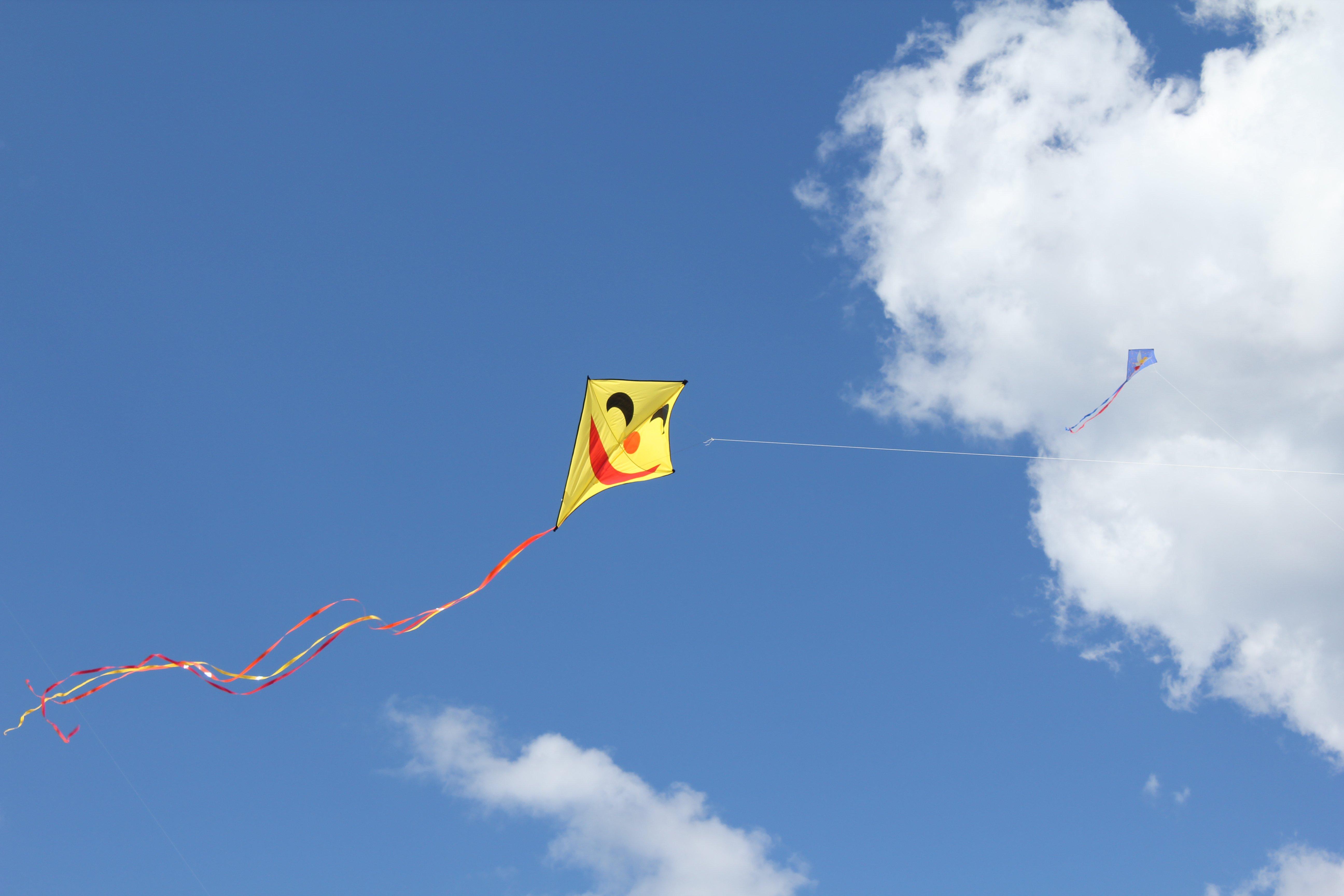 Kite flying bokeh flight fly summer hobby sport sky toy fun 5184x3456