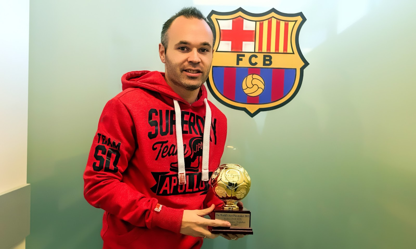 Andres Iniesta New FC Barcelona Club captain 2015 1600x960
