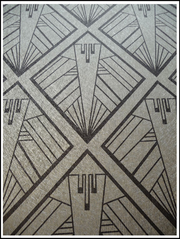 Geometric silver Art Deco Design on Silver Vinyl Wallpaper by 580x771