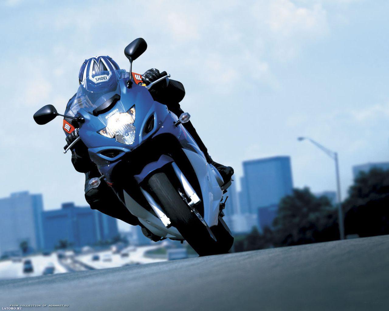 Motorcycle Racing On The Sand Suzuki Hd Desktop Mobile: Motorcycle Wallpaper For Computer
