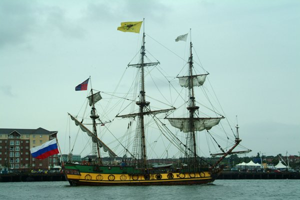 Pin Tall Ship Wallpaper 600x400