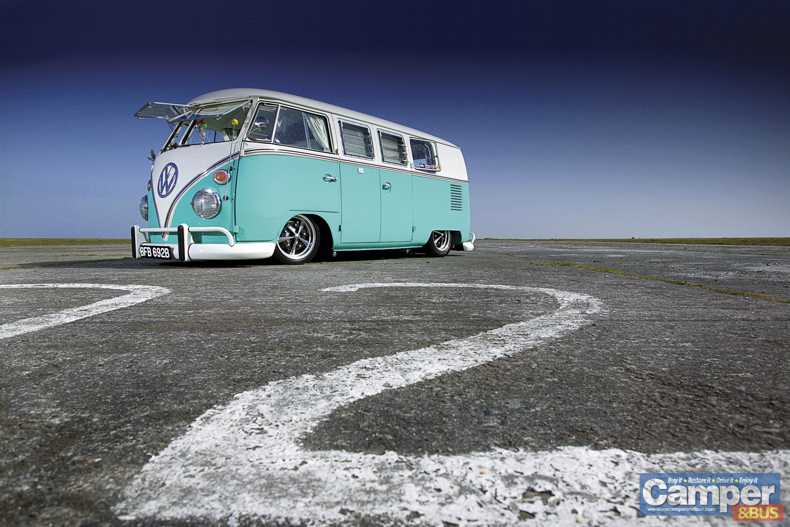 slammed sixty Camper Bus Wallpapers 1600x1067