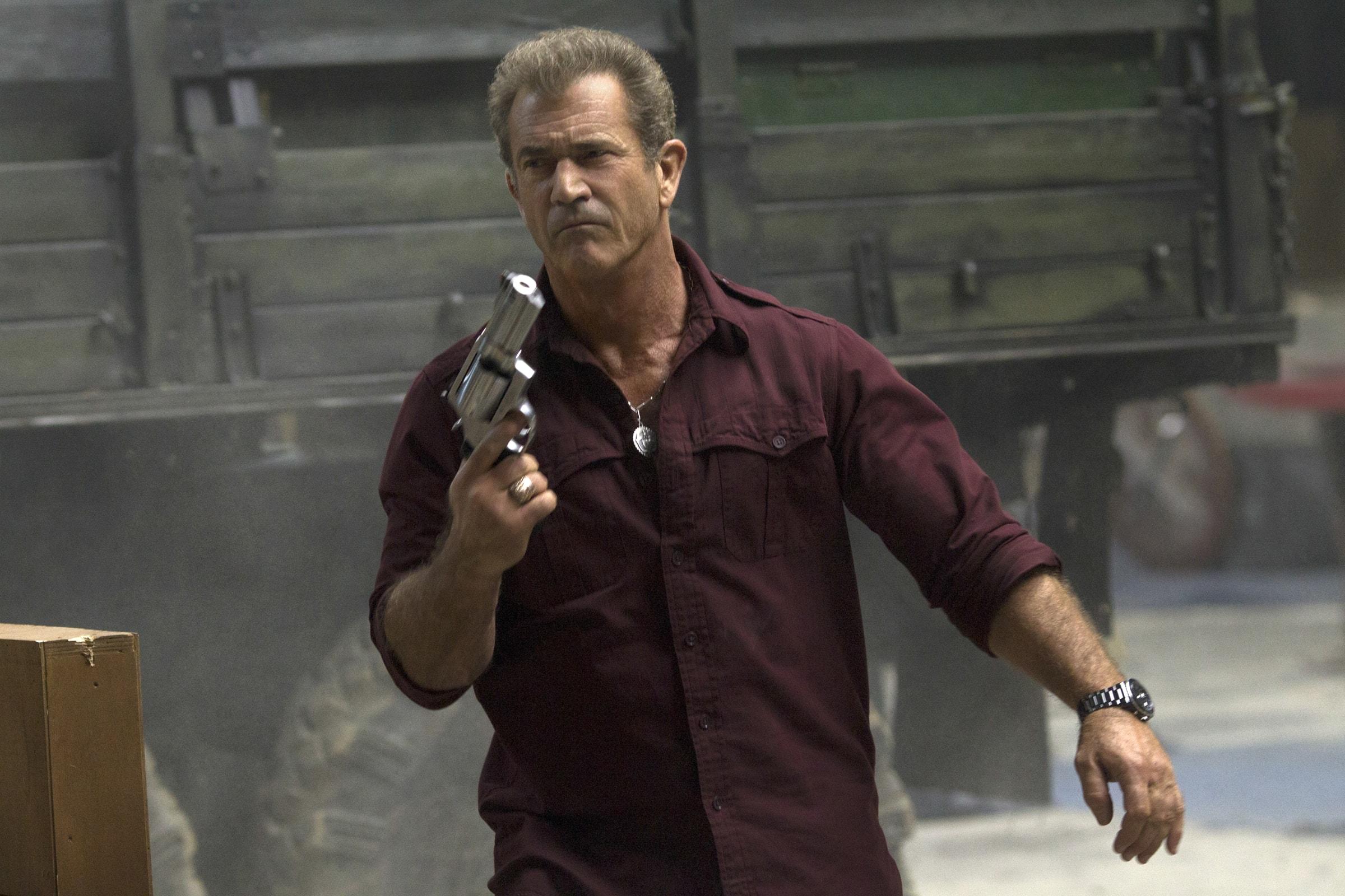 Mel Gibson 7wallpapersnet 2400x1600