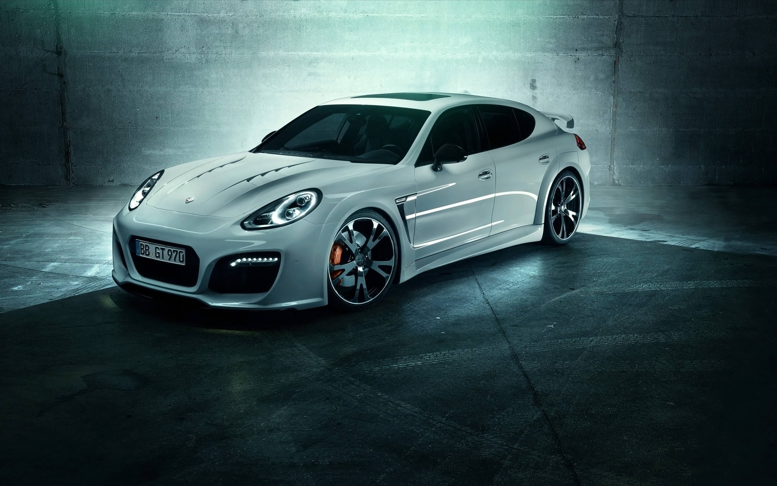 Porsche Panamera Turbo GrandGT HD Wallpaper Background Image 2560x1600