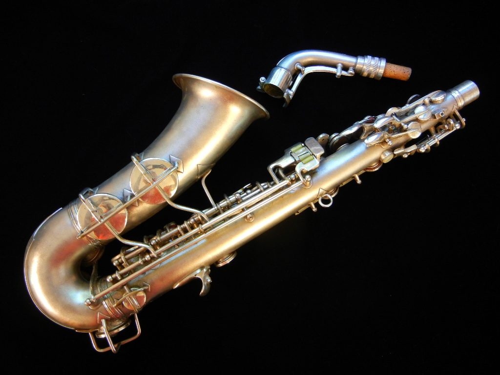Alto Saxophone Wallpaper transitional saxophones 1024x768