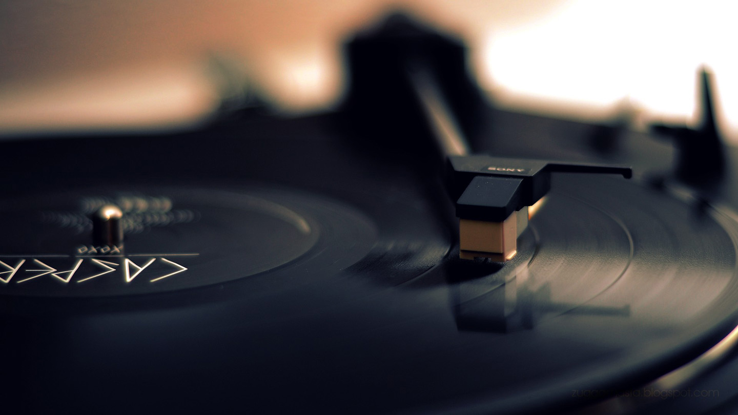 Vinyl Record Player   Nexus Wallpaper 1440x810