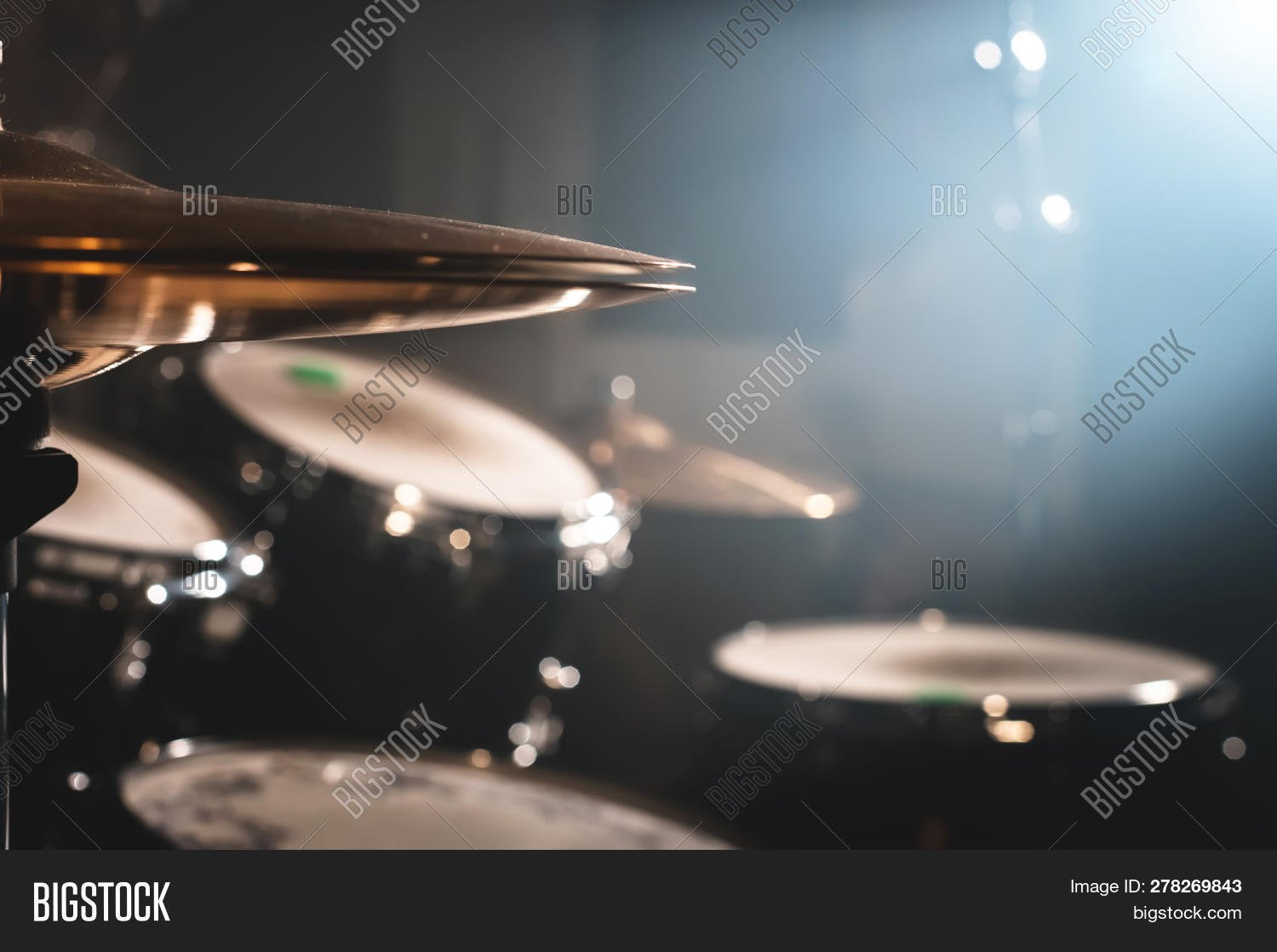 Close  Drum Set Dark Image Photo Trial Bigstock 1500x1118