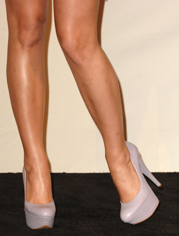 Legs Katy Wallpaper 2073x2730 Legs Katy Perry High Heels Singers 2073x2730