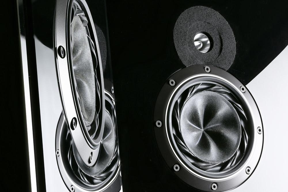 One of the finest loudspeakers I ever HD photo by Ingo Schulz 1000x667