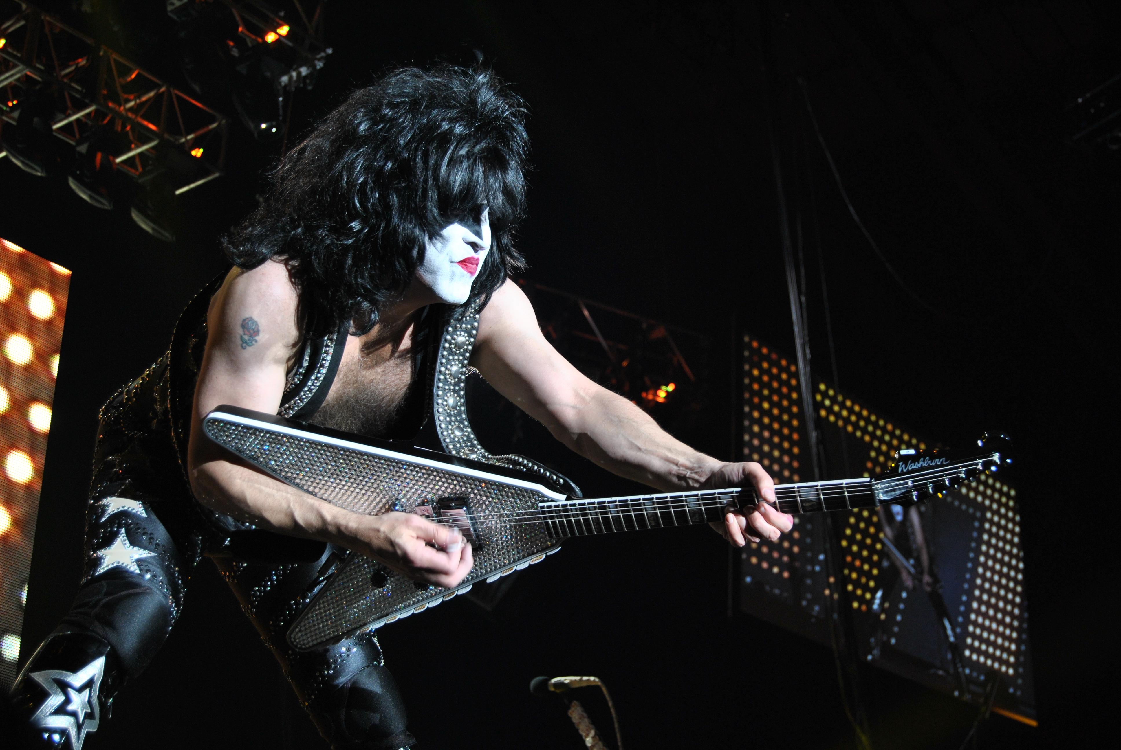 Kiss heavy metal rock bands concert guitar q wallpaper background 3872x2592
