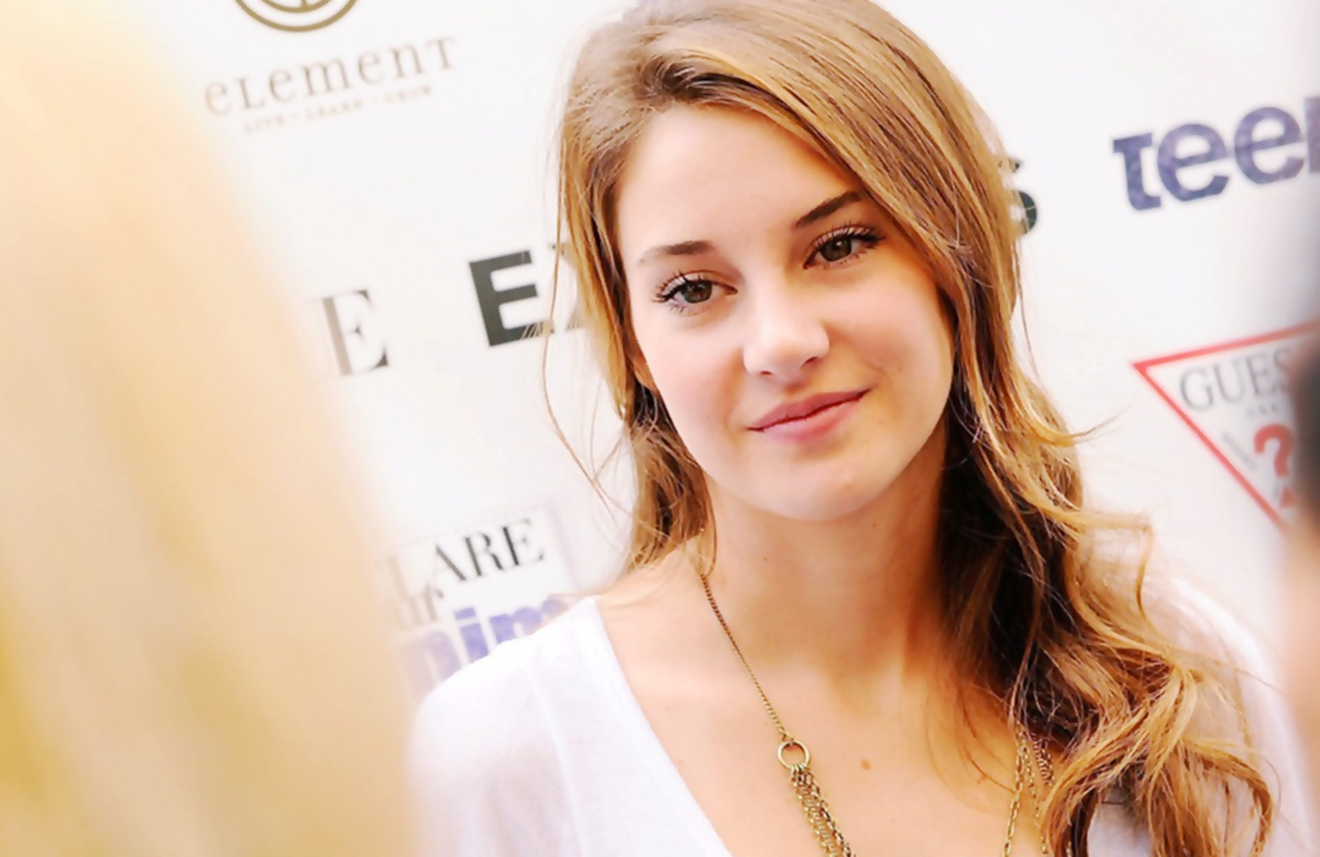 Shailene Woodley 2014 HD Wallpaper Background Images 1920x1247