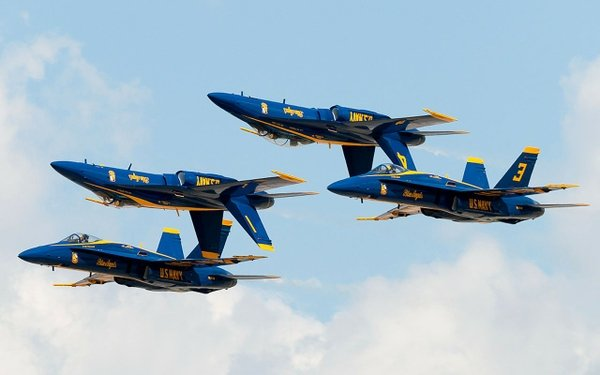 us navy blue angels fa18 hornet fighters 1280x800 wallpaper Angels 600x375