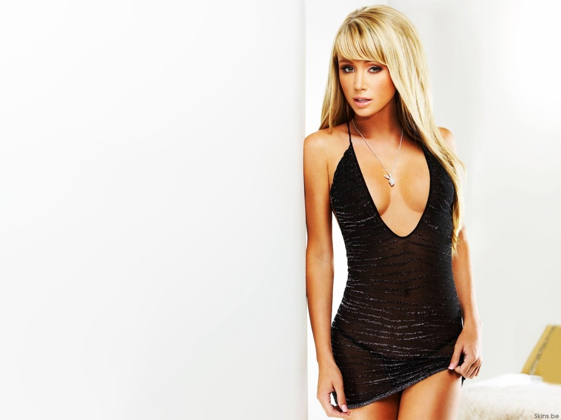 74 Sara Jean Underwood Desktop Wallpapers On Wallpapersafari
