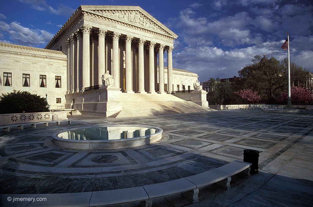 US Supreme Court Building 59778 HD Wallpaper Res 1024x677