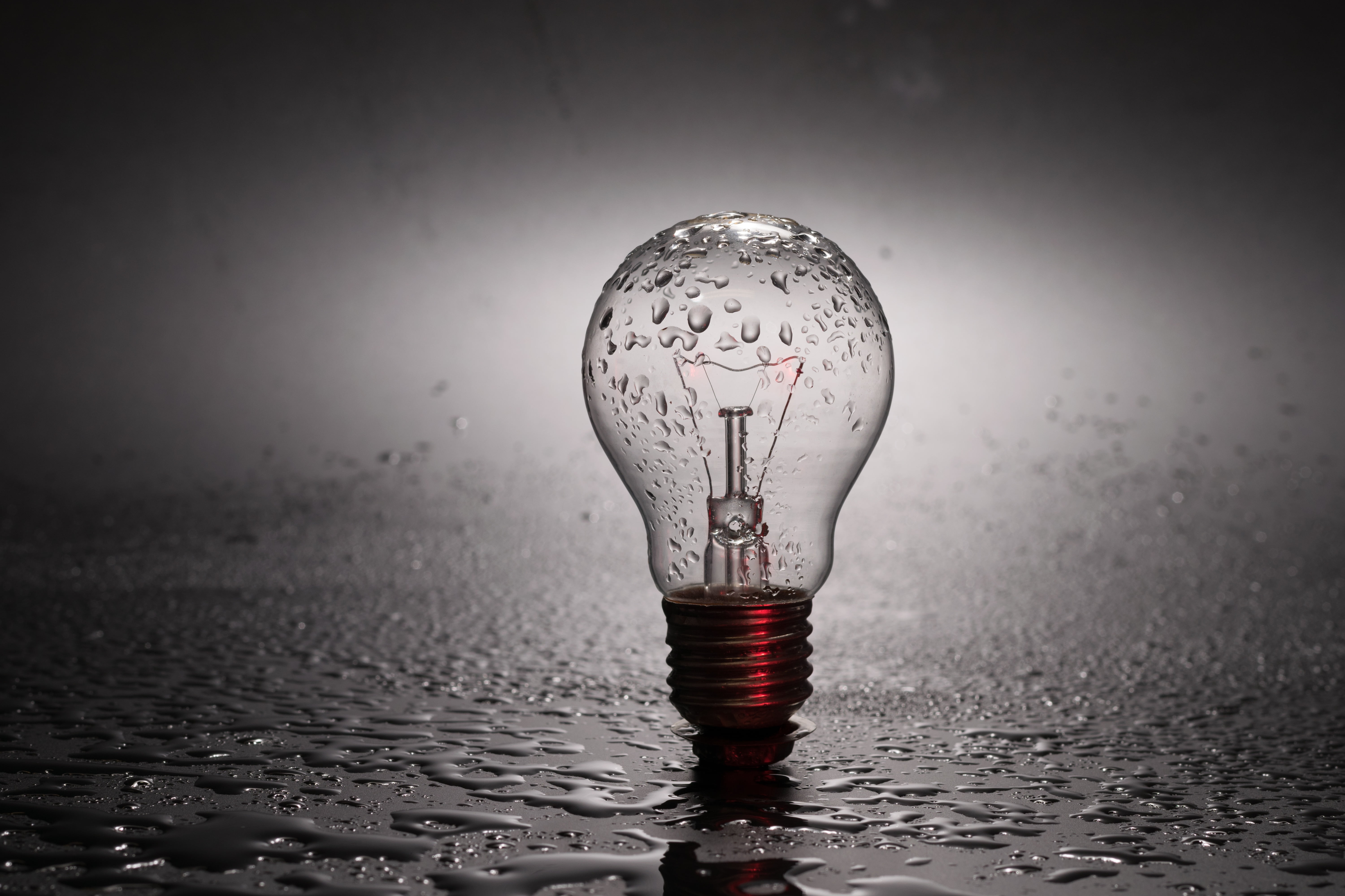 Incandescent bulb with droplets HD wallpaper Wallpaper Flare 6000x4000