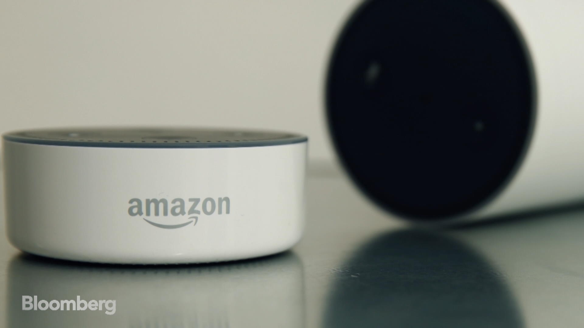 Siri and Alexa Are Fighting to Be Your Hotel Butler   Bloomberg 1920x1080