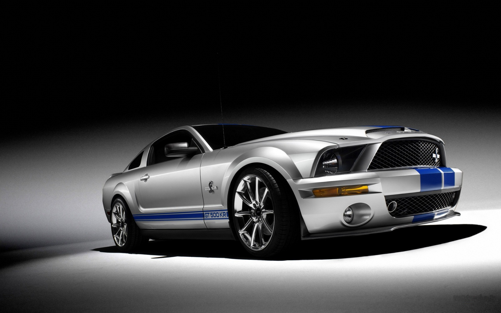 Ford Ford Mustang Desktop Wallpaper Hd Auto Car Wallpapers 1680x1050