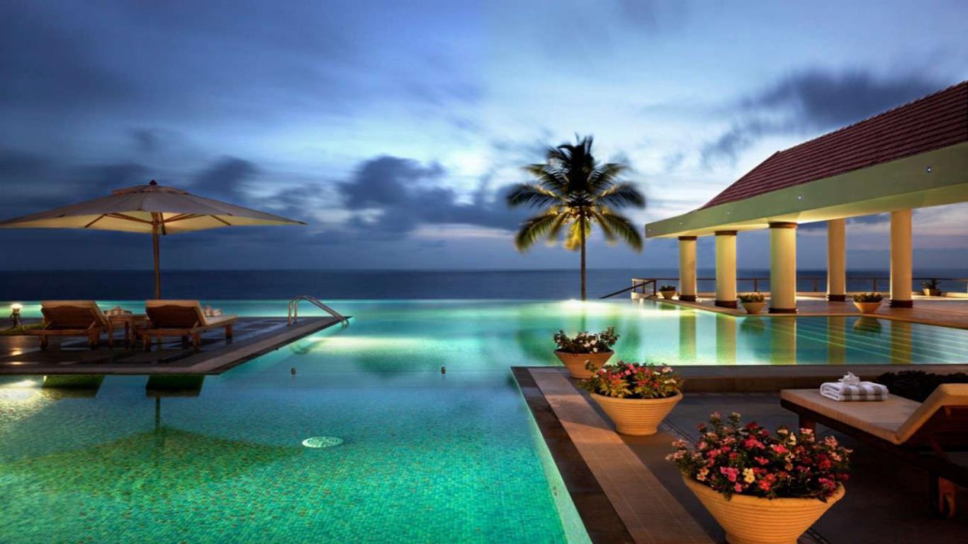 Kovalam Beach Resort High Definition Wallpaper 1366x768