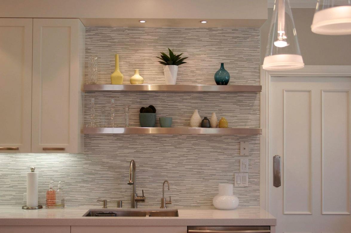 white horizontal tile backsplash 1175x782