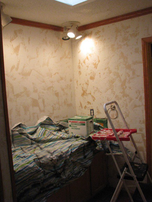 How to Hand Plaster Walls to Cover Over Wallpaper or damaged walls 520x693